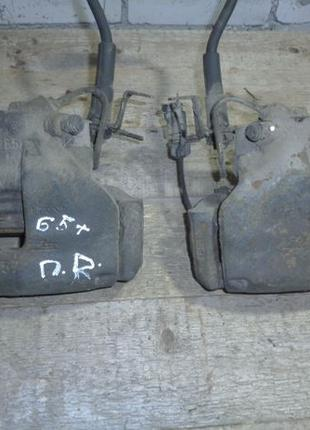 Суппорт передний Фольксваген Пассат Б5+ Vw Passat B5+
