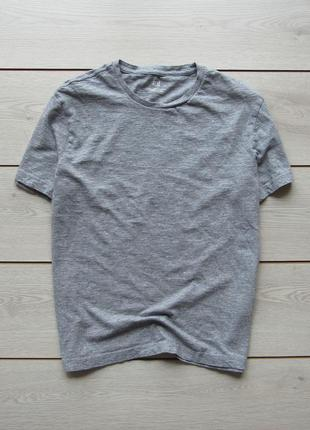 Базовая серая футболка от h&m