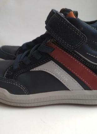 Ботинки geox р.28