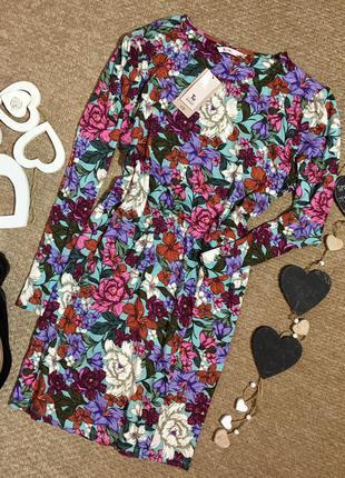 Новое!!! платье с вискозы в цветочный принт. tu