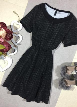 Стильное платье с воротником h&m