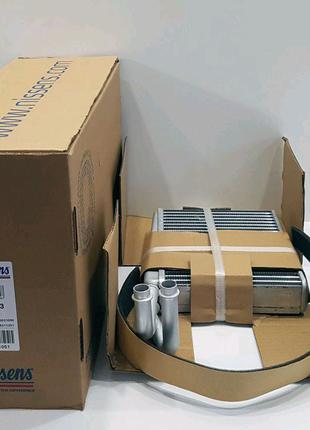 Радіатор /радиатор печки/ на Mercedes Sprinter CDI 901-903