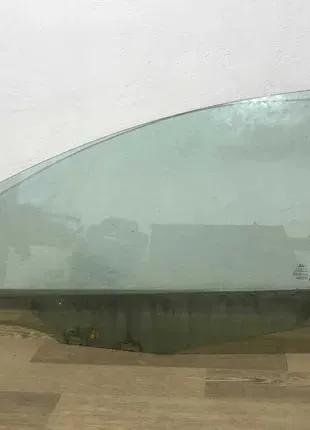 Ford Fiesta mk7 Скло стекло двери