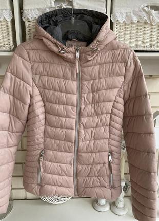 Весенняя куртка orsay s