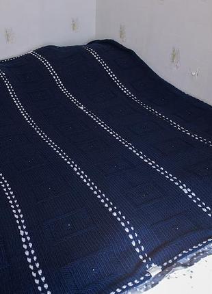 Вязанное покрывало  темно-синего цвета ручной работы