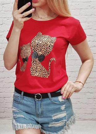 Женская футболка с рисунком котики