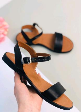 Женские босоножки сандали
