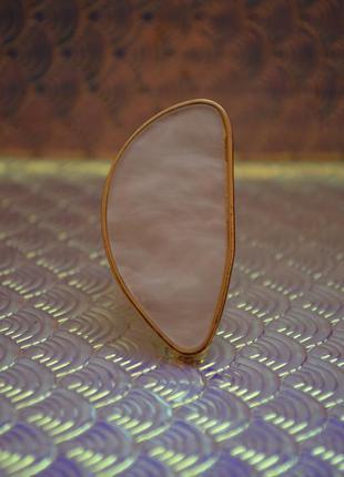 Массивное кольцо камень, безразмерное, новое большое стильное