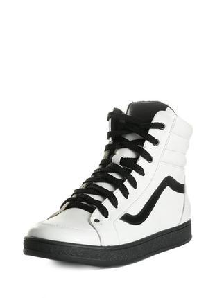 Кожаные женские спортивные высокие демисезонные белые ботинки ...
