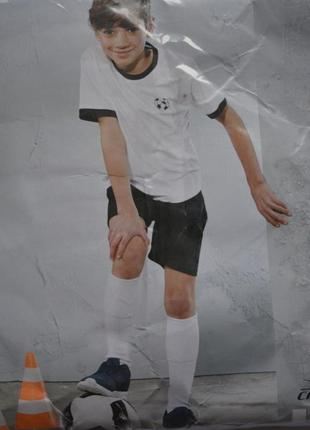 Набір для футболу шорти, гетри, футболка фірми crane