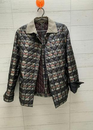 Куртка весенняя стеганая  легкая в стиле burberry husky