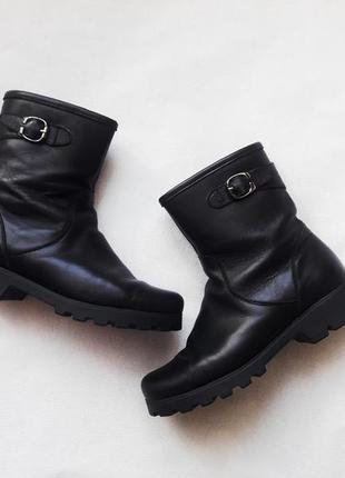 Чёрные кожаные демисезонные полусапожки, ботинки