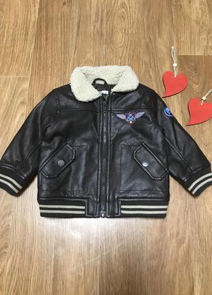 Крутая куртка бомбер 12 мес