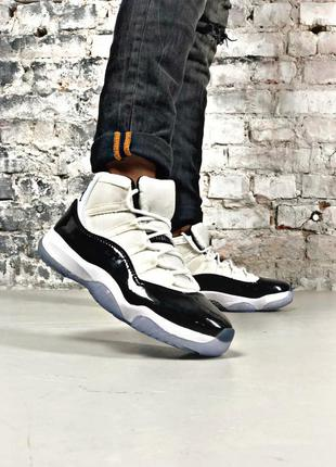 🏀nike air jordan 11 white black🏀