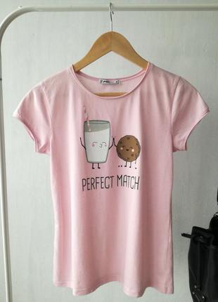 Стильная футболка от fb sister