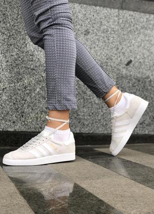 Крутые кроссовки adidas gazelle