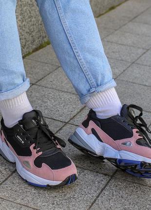 Крутые кроссовки adidas falcon black/pink