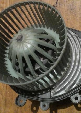 Вентилятор печки Passat B5 (740221233F) в сборе.