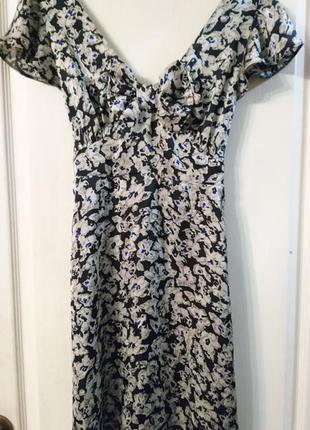 Лёгкое платье dorothy perkins