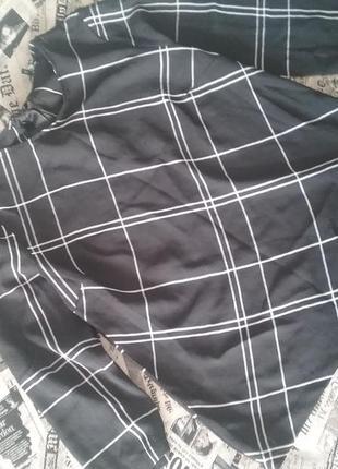 Стильная черная блуза в клетку