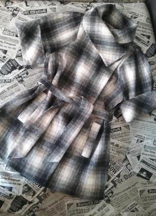 Клетчатые стильное пальто - тренд 2018 года
