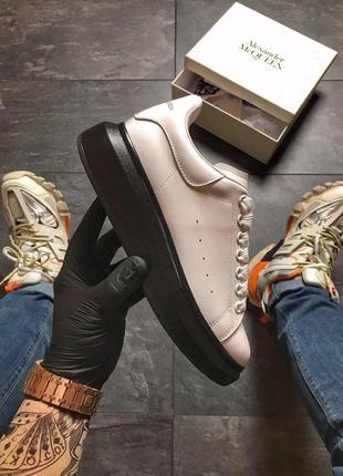 Alexander mcqueen white black стильные кроссовки