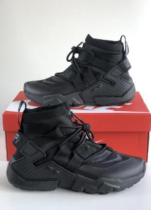 Cтильные кроссовки nike air huarache gripp black
