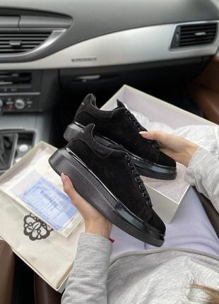 Cтильные кроссовки alexander mcqueen
