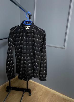 Чёрная классическая рубашка в космический принт белый узор reiss