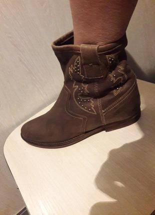 Кожаные деми ботинки.