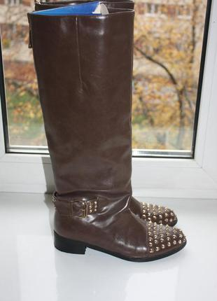 Демисезонные коричневые сапоги с заклепками шипами в стиле chr...