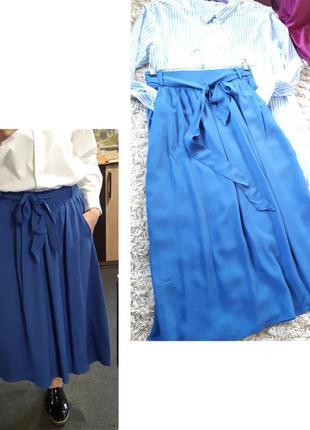 Стильная пышная юбка миди  с карманами в синем цвете, amisu, p...