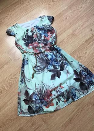 Красивое цветочное платье/ плаття/ коктейльное платье