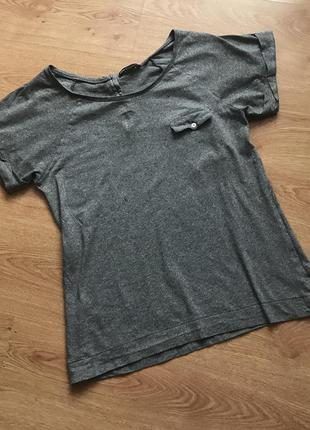 Спортивная серая футболка. mango sportswear