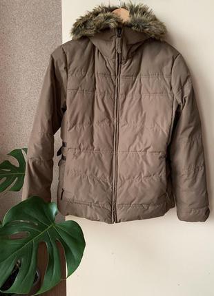 Коротка об'ємна куртка мокко, district concept.