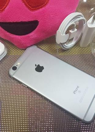Apple iPhone 6s 32Gb. Space Gray ( neverlock ). с гарантией.!