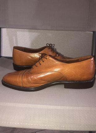 Кожаные туфли оксфорды clarks