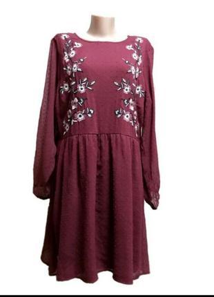 Воздушное платье в бохо стиле с вышивкой