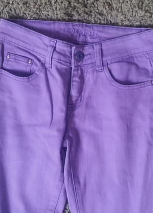 Яркие джинсы винтаж