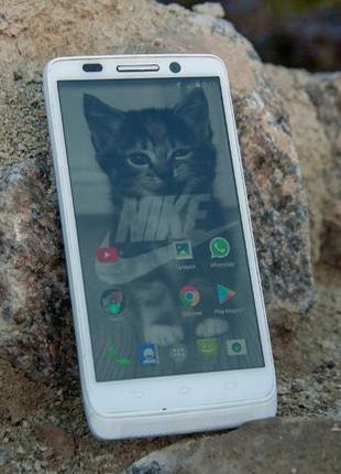 Motorola DROID Mini 2/16 (NFC, беспроводная зарядка)