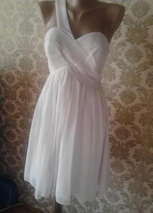 Нежное вечернее платье в греческом стиле от lipsy london