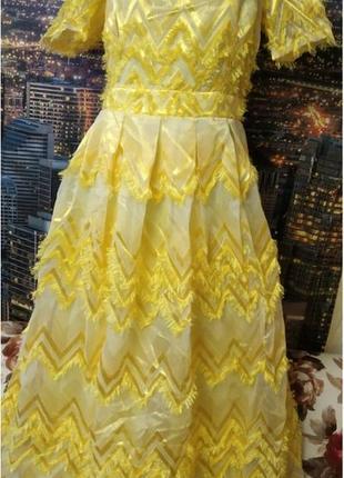 Роскошное платье в пол от moi angel