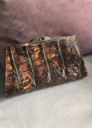 Итальянская сумка клатч из натуральной кожи крокодила.