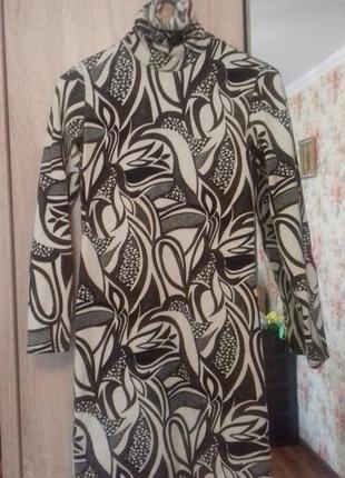 Отличное тёплое платье-миди