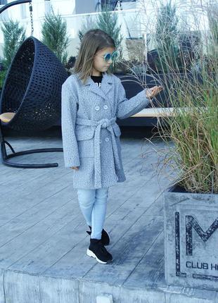 Детское пальто softness, цвет серый