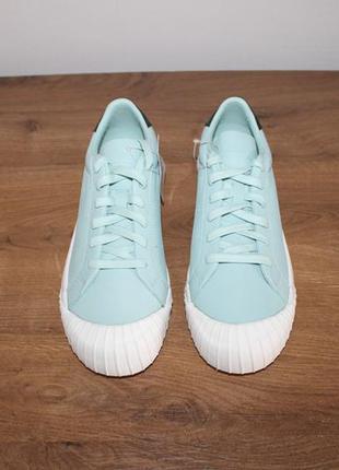 Кожаные кроссовки Adidas Everyn