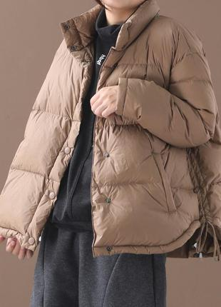 Короткая куртка -пуховик свободного кроя