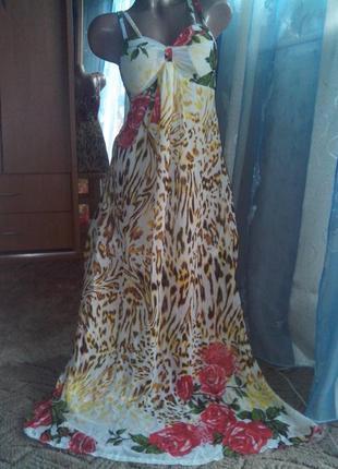 Красочное шифоновое платье в пол
