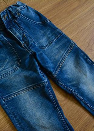 Модные джинсы на мальчика бренд h&m рост 110 см 5-6 лет