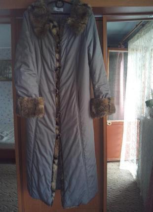 Классическое пальто с мехом